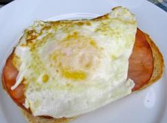 telur untuk sarapan