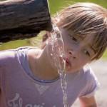 Bahaya minum air berlebihan